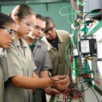Mais de 300 mil estudantes se inscreveram no Sisutec