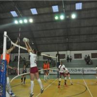 Equipe de vôlei feminino encerra primeiro turno com vitória