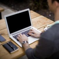 Pesquisa revela que mais de 100 milhões de brasileiros acessam a internet