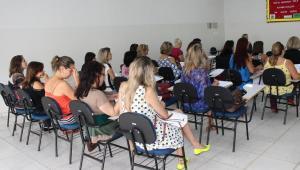 Secretaria de Educação realiza reunião com Diretores e Coordenadores