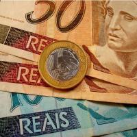 Governo propõe salário mínimo de R$ 722,90 para 2014